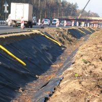 Geomembrana wytłaczana GXP Plus - rów odwadniający S11 Kórnik-Poznań